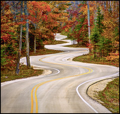 Curvy Road - Door County Wisconsin (helikesto-rec) Tags: road fall wisconsin curvy doorcounty curvyroad highway42