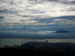 Georgetown (Keith Mac Uidhir  (Thanks for 3m views)) Tags: morning light sky mountain luz water clouds island grey town george asia asien south hill gray georgetown east malaysia asie penang luce strait aasia asya  butterworth azia pinang azi sia   pulao chu   zsia