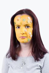 Mnga Sm Knappar (evilibby) Tags: portrait face yellow paint buttons louise pastels brunette facepaint yellowpaint knappar pastelbuttons yellowfacepaint mngasmknappar