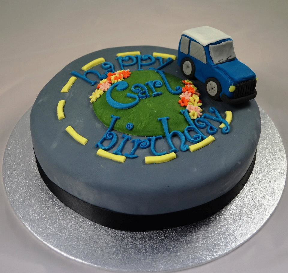 ... cake (MakeMy UK) Tags: birthday tractor cake roundabout rover land