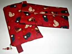 Carteira em patchwork e necessaire (fatimalt) Tags: gatos carteira patchwork carto tecido necessarie