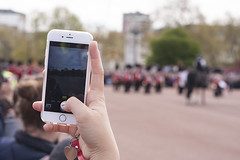 During the change of the guard (filippo.bassato) Tags: city trip london mall photo hand phone tourist queen smartphone buckinghampalace button soldiers londra iphone changeoftheguard cambiodellaguardia filippobassato