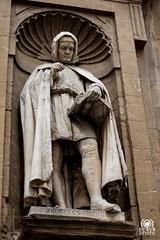 Giovanni Villani (andrea.prave) Tags: toscana tuscany toscane toskana     florencia florence     florenz italia italy      italie italien statue      esttua  estatua heykel scultura  sculpture skulptur escultura    giovannivillani