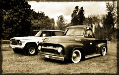 Cherokee & F-100. (Papa Razzi1) Tags: ford spring jeep may f100 cherokee 2016 7223 sorunda 146365 saloonhillbilly