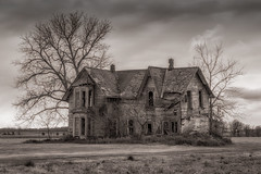 Abandoned (hey its k) Tags: ca blackandwhite ontario canada abandonedhouse palmyra muirkirk canon6d img0490e