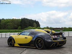 Bugatti Veyron by Oakley Design (G-E Supercars) Tags: bugatti veyron oakley design supercars cars luxury tunning sport gt hypercars chambley france shooting shoot yellow black automobile voiture worldcars