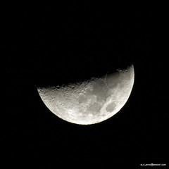 Media Luna (Alejandro Amador) Tags: moon canon eos calendar luna nasa fullmoon virgin crater impact 7d half usm lunallena apollo volcanic mythology medio solarsystem intergalactic satelite phases volcan 400mm fases 2011 apollo8 virginintergalactic alejandroamadorcom earthssatellite 400mmf56eflusm