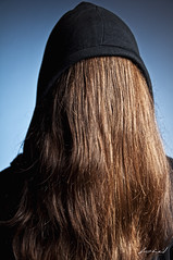 2/52   Selfportrait (biel.b.c.) Tags: blue portrait brown selfportrait black umbrella hair nikon sb600 softbox d90 strobist 540ez