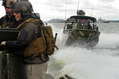 Sailors participate as opposing forces during training. (Official U.S. Navy Imagery) Tags: usa va usnavy forteustis navyexpeditionarycombatcommandnecc riverinesquadronrivron1 maritimesecuritysquadronmsron4 masscommunicationspecialist1stclassrjasonbrunson