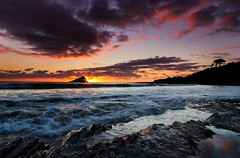 Mewstone sunset (snowyturner) Tags: sunset sky sun beach clouds reflections landscape coast sand rocks devon swash wembury southhams mewstone