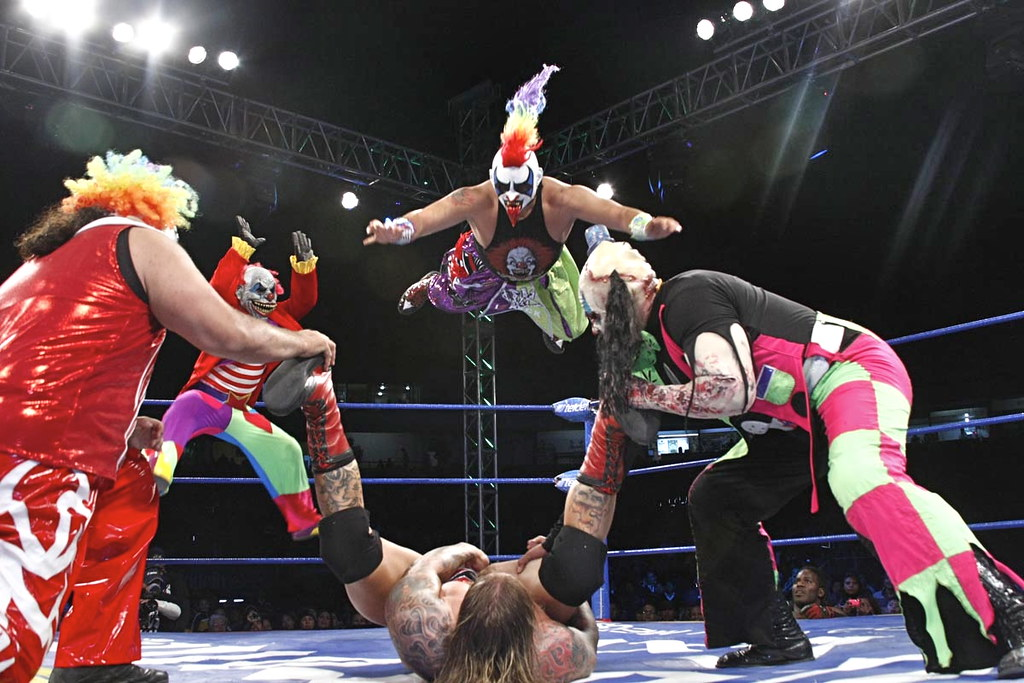 The World's Best Photos of lucha and monster - Flickr Hive ...