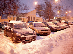 Cars in snow (nikita.komarov) Tags: winter snow cars church car night russia moscow snowdrift mini panasonic minicooper driver 20mm orthodox f17 m43 gf1 mft micro43