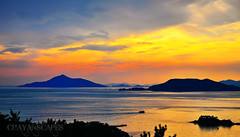 Sunset at Dara Park, Tongyeong (CHAYAN IMAGES) Tags: park sunset sky sun water set reflections movie lens island islands nikon do pics near south places pic korea location hues seoul kit 1855 hue vr dara scapes  goeje d90 tongyeong gyeongsangnamdo  gyeongnam  gyeongsangnam