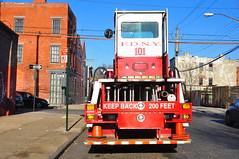 FDNY Ladder 101 (Triborough) Tags: nyc ny newyork brooklyn firetruck fireengine ladder redhook fdny tiller seagrave kingscounty tda newyorkcityfiredepartment ladder101 truck101