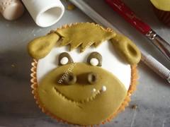 Decoraciones en pastillaje Curso de Cupcakes mesa de trabajo 017 (PaulitasArteyAzucar) Tags: cupcakes paulitas ponques
