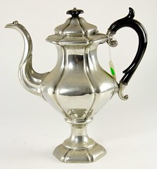 98. Fine Antique Pewter Tea Pot, Large Size