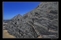 Geology - Praia da Amoreira (_Woodp3ck3r_) Tags: blue praia beach nature water sand nikon rocks wind gray erosion ii geology nikkor vr 18200mm amoreira d7000