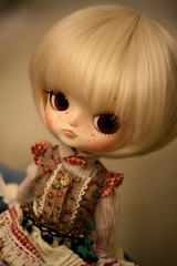 Unexpected custom (Queen Carcharias  Libuse) Tags: white strange make up doll dal wig blonde pullip freckles custo dotori crobidoll