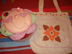 Caixa de costura e ecobag (Lar doce arte) Tags: feltro ecobag patchcolagem caixadecostura