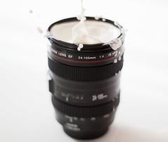24-105mm (Kris *) Tags: winter canon lens milk december invierno leche diciembre 24105 objetivo 2011 congelado 50d xkrysx