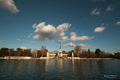 El Retiro (Yavanna Warman {off}) Tags: madrid park parque trees sky espaa lake reflection water clouds lago spain agua rboles cielo nubes reflejo elretiro parquedeelretiro