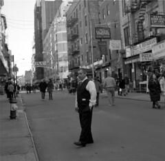 New York City, Year of the Dragon 2012, Hester Street (triebensee) Tags: street new york city zeiss chinatown dragon mason year chinese hasselblad masonic f28 hester 2012 freemason planar 80mm 500cm 67mm fujineopanacros100 carlzeisstuvfilter