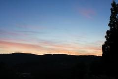 IMG_0147 (xiacarrera) Tags: dawn alba amanecer nubes amanhecer aube