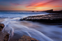 Panther Rush (Willie Huang Photo) Tags: sunset santacruz seascape nature landscape coast waves pacific scenic davenport hwy1 pantherbeach