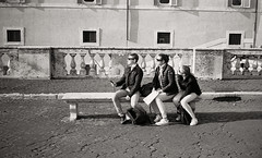 Piazza del Quirinale, Rome (smileyface71) Tags: contaxt2 fujineopan400 hc110dilutionb5min