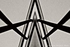 (ojoadicto) Tags: blackandwhite abstract blancoynegro metal abstracto digitalmanipulation