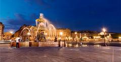 Concorde (Gal Hamon) Tags: paris france nikon couple eau cityscape concorde bluehour fontaine nuit placedelaconcorde paysageurbain