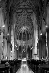 St Patricks Cathedral, Manhattan NYC (D.J. De La Vega) Tags: new leica york white black manhattan x1