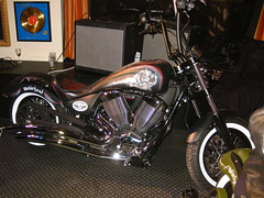 Motrhead / Victory Motorcycles -  Mikkey Dee (Marius Mellebye / 276ccm) Tags: leather model seat signature victory solo motorcycle custom airbrush custompaint motrhead bobber mariusmellebye cbp 276ccm