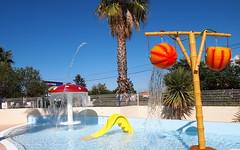 Enticing kiddies pool... (MickyFlick) Tags: pool kids kiddies playing splashing swimming paddling mickyflick