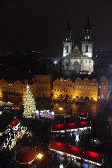 Christmas Market (JebbiePix) Tags: christmas holiday church night shopping darkness prague pentax market prag praha christmasmarket christmastree nighttime tynchurch