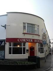 Barnstaple Corner House Pub North Devon (Bridgemarker Tim) Tags: pubs inns barnstaple northdevon