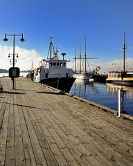 El muelle de Rådhusbrygge 3, Oslo. (XavierParis) Tags: oslo norway nikon noruega xavier xavi hernandez norvège iberica d700 xavierhernandez xyber75 xavierhernandeziberica