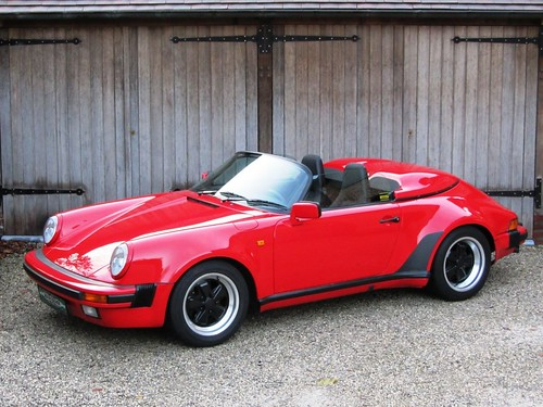 Porsche 911 Speedster (1989).