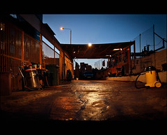 Evening Car Wash (Sven Loach) Tags: street uk blue england sky urban london wet night canon evening starwars britain dusk low vacuum perspective ground carwash explore r2d2 shoreditch 5d hoover machines eastlondon markii