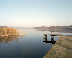 Morning light. (wojszyca) Tags: morning lake mamiya nature mediumformat landscape 50mm kodak poland 6x7 portra 160 rz67 wigry masuria