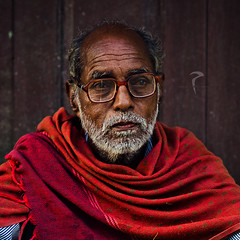 Memories of the days gone by... (Rakesh JV) Tags: street old portrait india man color broken glass look temple photography town pain nikon indian ngc memories photojournalism 85mm calm sri dreams shawl nikkor f18 chennai tamil jv alike guru nadu photojournalist rakesh composed cwc narayana thiruneermalai d7000 chennaiweekendclickers