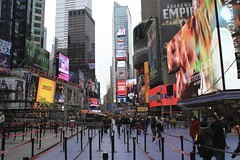 Times Square ads (Simone Lovati) Tags: winter newyork 2011
