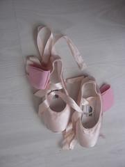 My ballet shoes (L. Salander) Tags: light ballet art shoe dance ballerina ribbons shoes dancer things pointe satin balet ballerinas balett balerina my baletki baletka baletky