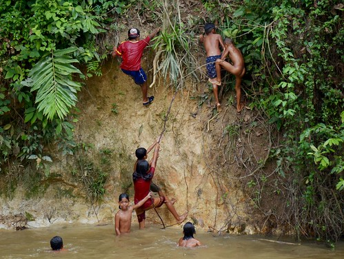 Orang Asli kids (crop) ©  Still ePsiLoN