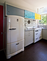 Rose Seidler House (Chimay Bleue) Tags: house home kitchen architecture modern vintage cuisine design fridge industrial fifties cabinet oz australia retro architect suburbs 50s refrigerator aussie aus multicolored household appliance modernist midcentury glassfront wahroonga seidler
