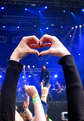 Foo Lovers (Annurgaia) Tags: anna love finland hearts photography heart shaped coeur foo hart fighters herz corazon seinjoki hjrta hietanen kardia sydn cro sydmi annurgaia annahietanen annahietanenphotography allrightsreservedbyannurgaia