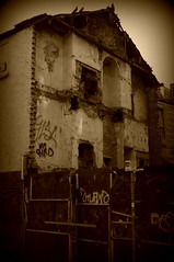 Tib Street, Manchester (fragglehunter aka Sleepy G) Tags: uk england english manchester nw northwest decay disused derelict picnik urbanexploring ue urbex abandonn sleepyg ukurbex fragglehunter ukurbexcom sleepygphotography fragglehunterurbex fragglehunteraerialphotography fragelhunter