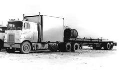 MACK FL Artic IRT? (PAcarhauler) Tags: tractor semi mack coe fmodel