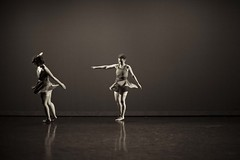 -¬arna_bee_photography_nebula_dress_rehearsal__83