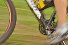 MTB nel dettaglio (sandro visintin) Tags: autumn mountain blur grass bike speed movement mud erba olympia movimento panning autunno velocit fango pedali sfocatura